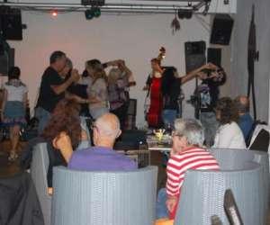 Rock  star  cofee  bar  restaurant  musical