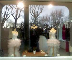 Creatrice de robes de mariées et de soirées