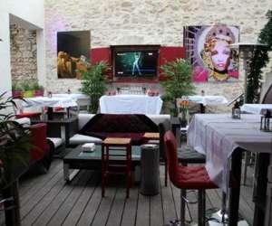 La bodega « le onze » restaurant-bar-tapas- club house