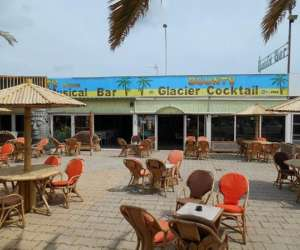 Le bounty, bar, restaurant, glacier - animation