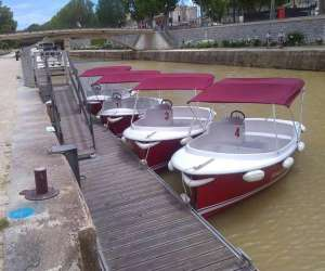 Les petits bateaux du canal
