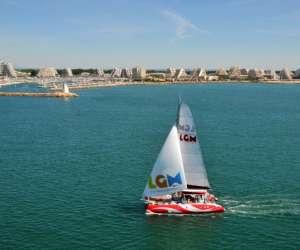 Le catamaran lucile 2