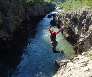 Moniteur canyoning et escalade