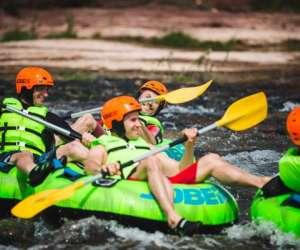 Obouées -   tubing sur  rivière
