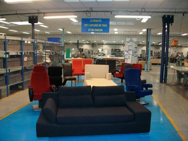 magasin d 39 usine uxegney uxegney 88390 t l phone horaires et avis. Black Bedroom Furniture Sets. Home Design Ideas