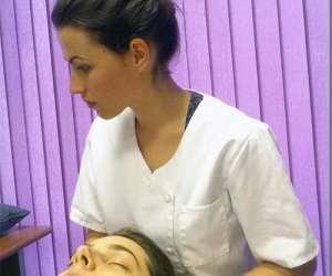 Laura hugues  ostéopathe